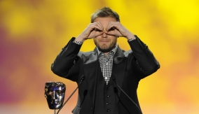 Gary Barlow presents the award