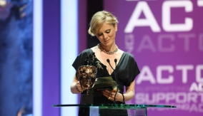 Emilia Fox announces the winner