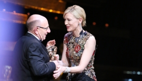 Cate Blanchett presents the award