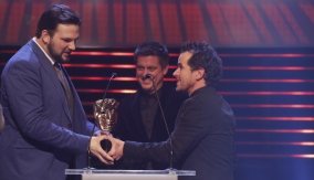 Dick & Dom present the award