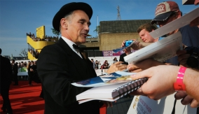 Mark Rylance on the red carpet