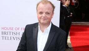 Toby Jones on the red carpet