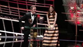 James Nesbitt & Rose Leslie present the award