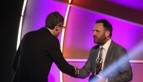 Shaun Keaveny presents the award