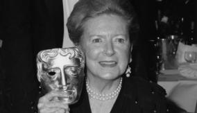 Deborah Kerr with her award
