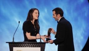 Michelle Ryan presents the award