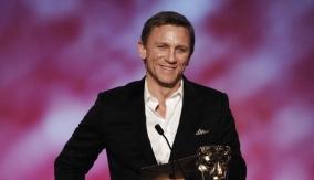 Award presenter Daniel Craig