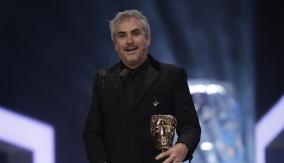 Alfonso Cuarón at the Podium