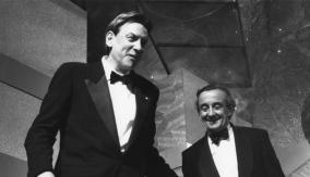 Donald Sutherland (left)