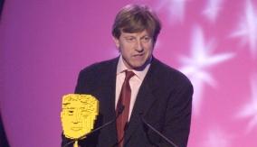 Shrek 2 wins the award