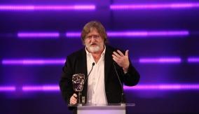 Gabe Newell at the Podium